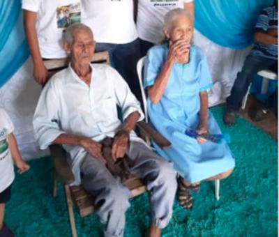 AMOR VERDADERO: Pareja cumplió 60 años de casados