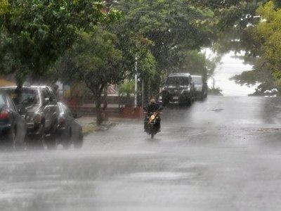 Alerta de tormentas fuertes para ocho departamentos