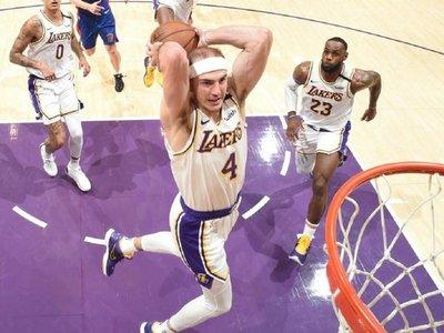 Con festival de tapones Los Lakers cierran su quinta victoria