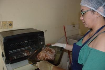 Ejemplo de reinserción: interna monta cocina gourmet en centro penitenciario.