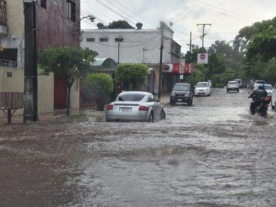 Temporal causó estragos en Central y dejó sin energía a varias ciudades