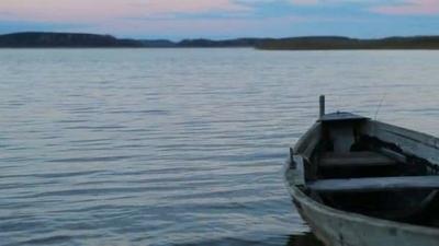 HOY / Naufragio en Paso de Patria: lo sorprendió la tormenta mientras pescaba y desapareció en el río