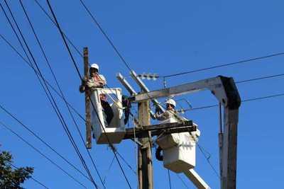ANDE normaliza casi la totalidad del servicio eléctrico afectado en Asunción y Central