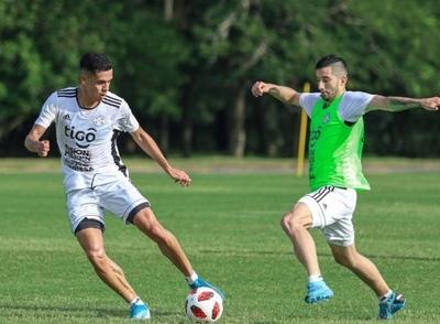 HOY / Paraguay mide su potencial con Argentina