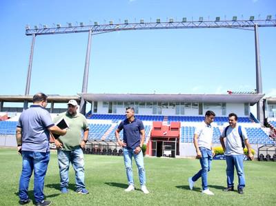 La APF inspecciona los estadios para el arranque del Apertura