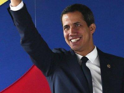 Oposición vuelve a investir a Guaidó como presidente interino