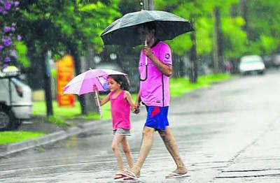 Anuncian clima caluroso y con lluvias