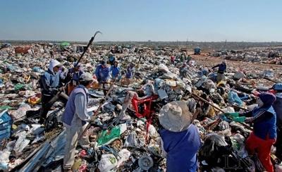 HOY / Negocio de la basura: Empo  acusada por evasión, falsear  datos y coimas de la comuna