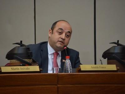 Elecciones municipales: esperan lograr consenso para que la ANR pueda pelear espacios de poder, afirma senador