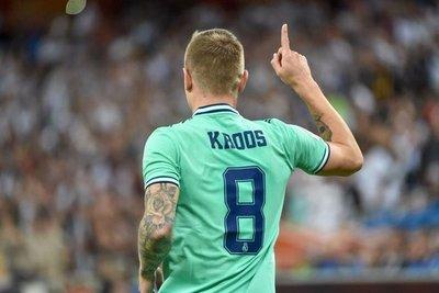 """Toni Kroos y su golazo al estilo """"Pachi"""" Carrizo"""