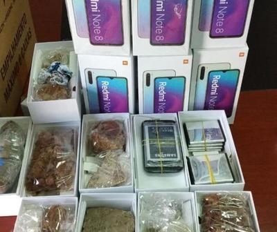 Turistas recibieron 20 cajas de piedras en vez de celulares