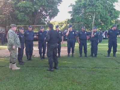 Fuerte despliegue policial para desalojo en Pindo'i