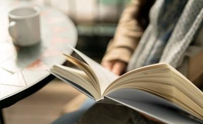 """HOY / Lanzan libro """"Al oeste del Guairá"""" en San Bernardino"""