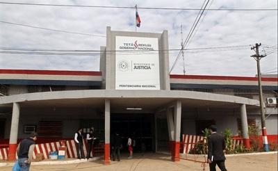 Hallan arma de fuego durante requisa en Tacumbú