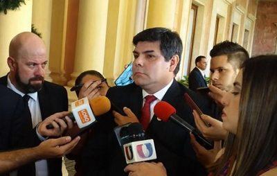 Ejecutivo pide informe sobre proceso judicial contra titular de la Caja Bancaria