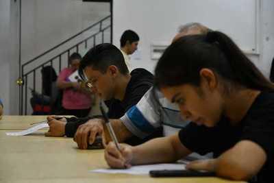 Habitan formularios para postulación a becas de la Gobernación de Boquerón