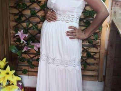 Pidió un vestido  de boda en Facebook y se hizo viral
