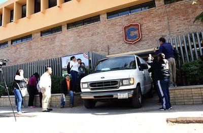 Niño mata a profesora antes de quitarse la vida en escuela de México