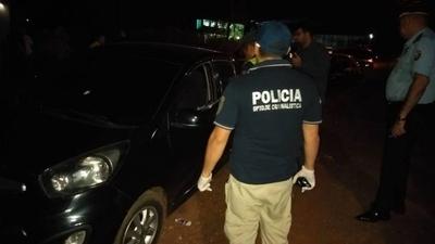 HOY / Rociaron vehículo a balazos, conductor se salvó de milagro