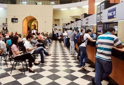 Paraguay baja en clima de negocios
