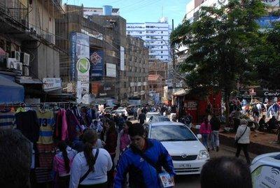 Brasileña es estafada en el microcentro de CDE