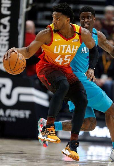 Jazz y Lakers mantienen rachas ganadoras