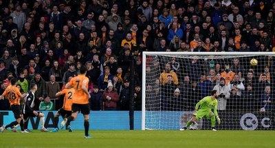 Con golazo de Almirón, Newcastle igualó ante el Wolverhampton