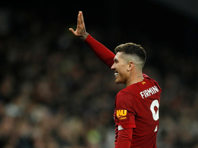 Liverpool derrota a Tottenham y sigue alejándose del resto