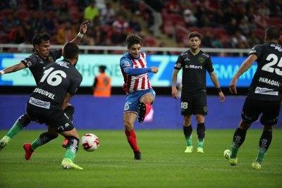 Juárez de 'Willy', Velázquez y Lezcano cae ante Chivas