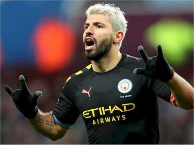 Manchester City recupera el segundo lugar en día histórico para Agüero