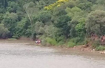 Desaparecen adolescentes en aguas de río