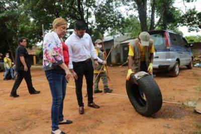 Municipalidad de Asunción realiza limpieza en campaña contra el dengue