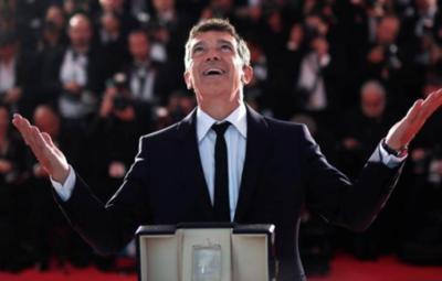 """HOY / Antonio Banderas luchará por el Óscar a mejor actor con """"Dolor y gloria"""""""
