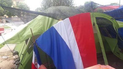 Huelga de hambre contra extorsión en Alberdi
