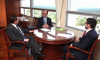 Reunión de trabajo sobre ley antichicana