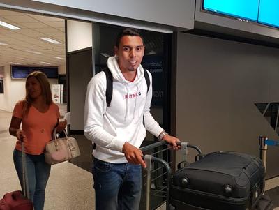 Bocanegra llegó para jugar por Libertad