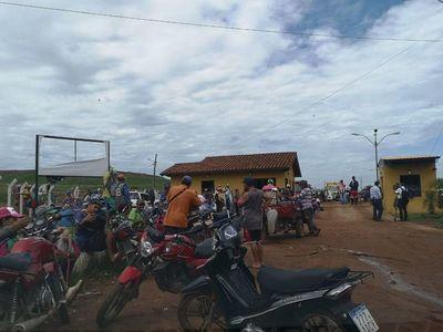 Gancheros impiden ingreso de camiones de basura a Cateura