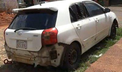 Hallan vehículo que habría sido quemado por joven antes de ser asesinado