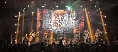 """HOY / La banda """"Nestor Ló y Los Caminantes"""" conquista su primer premio del 2020"""