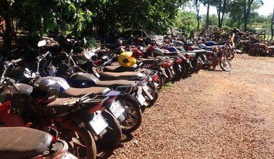 Policía Nacional pide destrucción de vehículos abandonados en comisarías