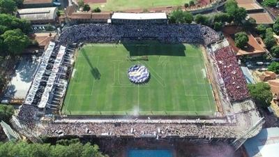 HOY / Olimpia y Cerro quieren clásico en sus estadios y sin visitantes