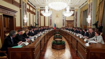 Renuncia todo el gabinete ruso luego de discurso de Putín ante el parlamento