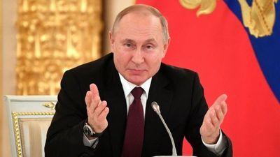 Renuncia el primer ministro y todo el gabinete de Vladimir Putin