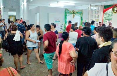 Ante epidemia de dengue, reprograman vacaciones para paliar falta de médicos