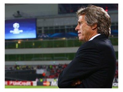 Sporting oficializa fichaje del entrenador Jorge Jesús