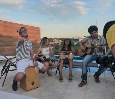 """""""Báilame"""", la canción que busca ser el hit del verano"""