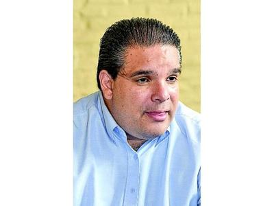 López Arce presentará su renuncia definitiva al regreso de   Bacigalupo
