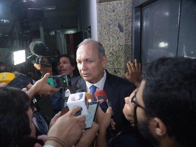 Mario Ferreiro dice estar tranquilo y promete dar respuestas a la Fiscalía
