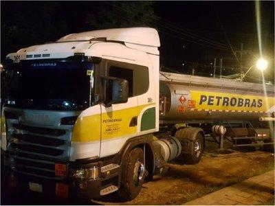 Camión cisterna arrolla a un hombre en Coronel Oviedo