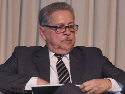 """Itaipú: FG rechaza designación """"entreguista"""" de Mario Abdo"""